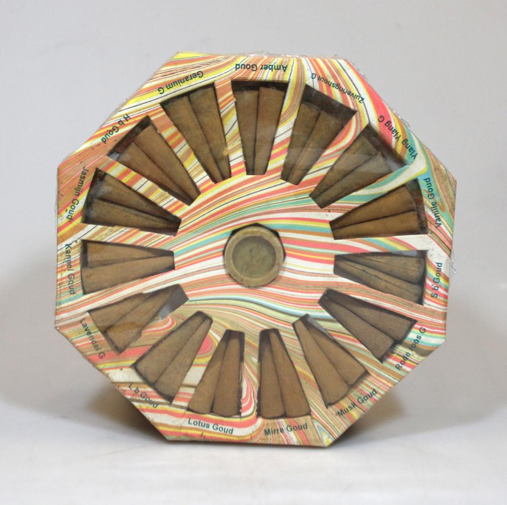 Wierook Probeerdoos - 15x2 kegeltjes in cirkel met houder, Kadodoos 15 geuren, Moeders Gouden Geuren - India