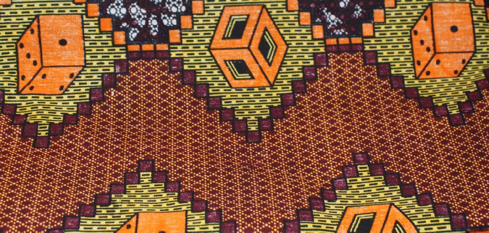 Doek / Stof Kubussen, oranje, bruin met donkere zigzagband, l x br = 326 x 104 cm, BrGH8865 - Tanzania