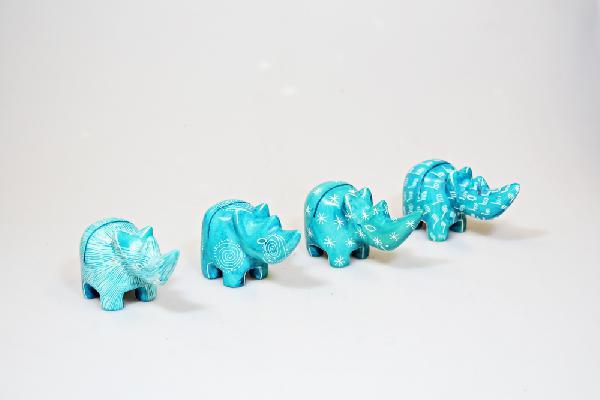 Fotostandaard Neushoorn turquoise 8 cm kisii (zeepsteen), CC - Kenya