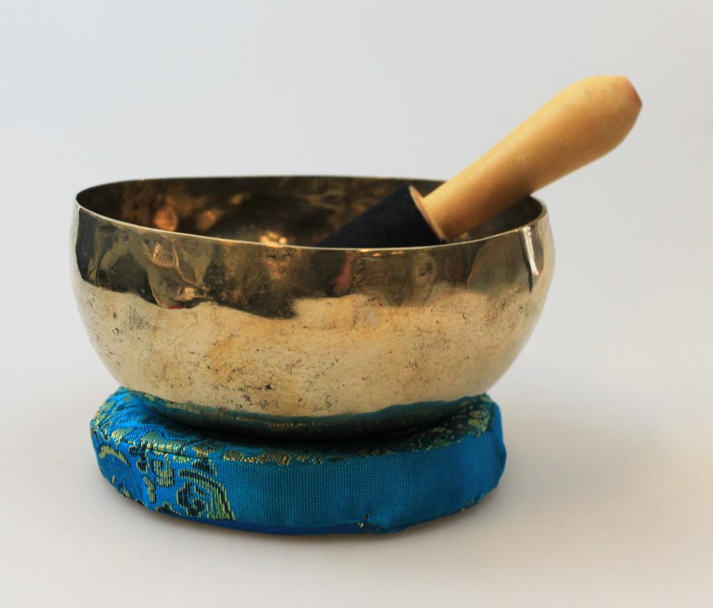 Klankschaal 250-350g Original handmade with stick Oriya-Orissa - India