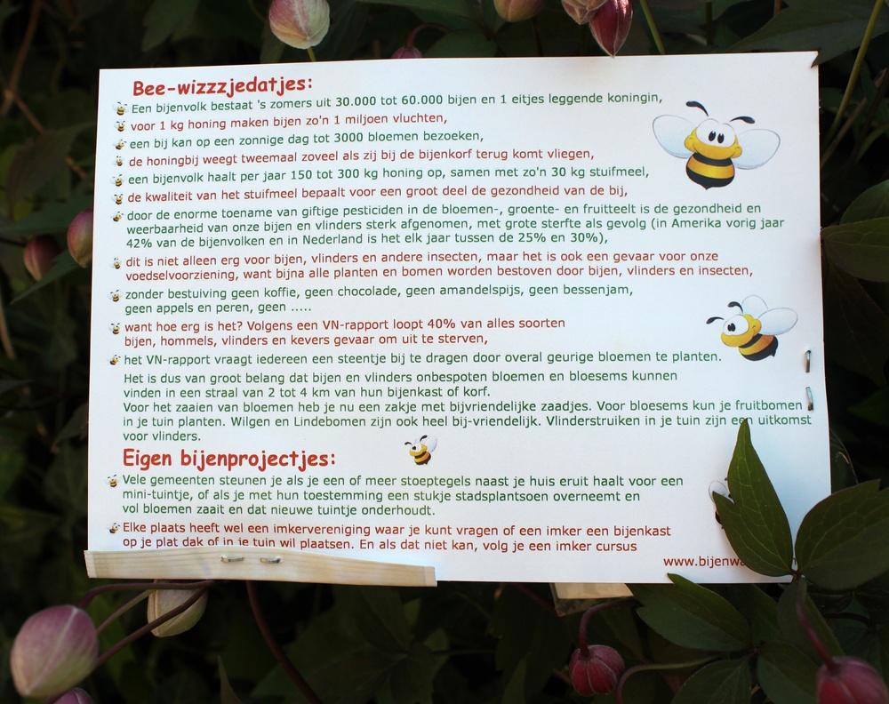 Geurvorm van bijenwas met zakje bee friendly zaden - Mothers Fragrances Moeders Geuren - India