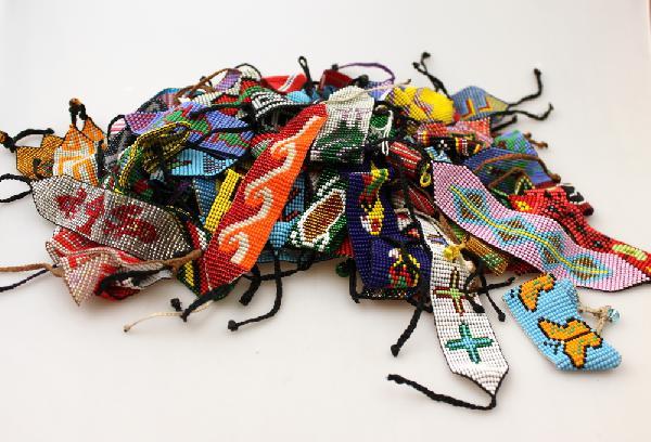 Armband Chaquira Glaskralen geweven motief - Nonam Gemeenschap - Colombia